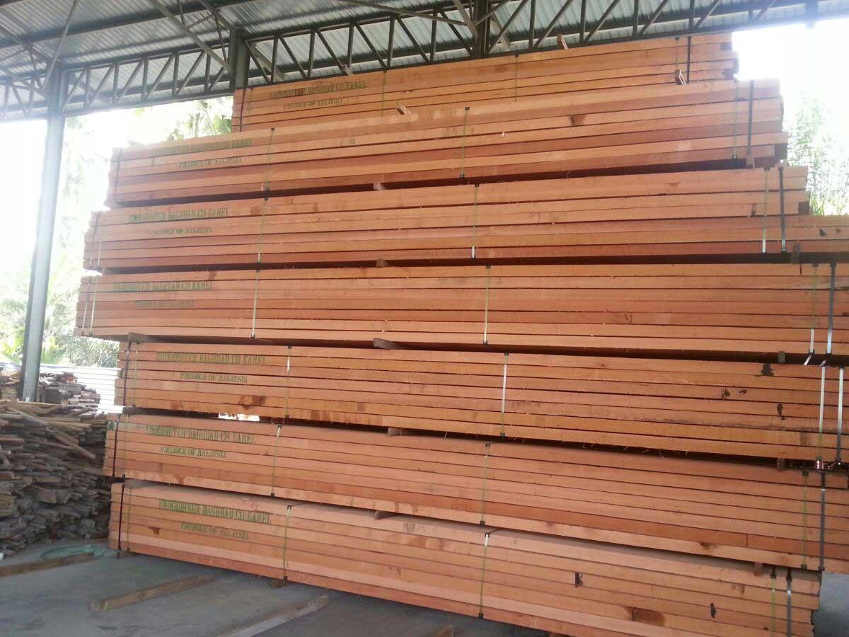 Red Meranti Sawn Timber ~ Dark red meranti sawn lumber petal